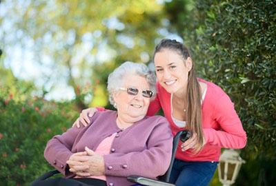 24h-Pflege: Mehr als nur eine Pflegekraft
