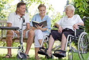 Seniorenbetreuung: verschiedene Pflegekonzepte