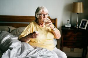 24-Stunden-Betreuung hilft einer kürzlich operierten Dame